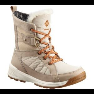 Columbia Meadows Shorty Omni-Heat 3D Boot.